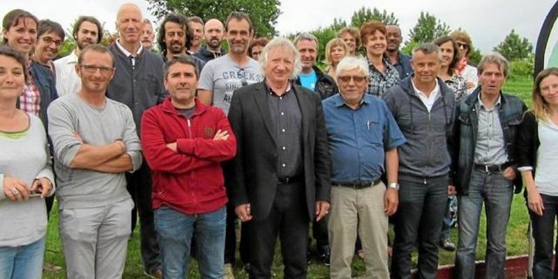 Autour de Joël Labbé, sénateur et Bernard Audran vice président PNR une vingtaine de personnes ont participé à la réunion annuelle du PNR dans le cadre Objectif zéro pesticide |