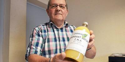 Jacques Le Verger a engagé dès 2009 des démarches afin d'obtenir, in fine, l'autorisation de commercialiser son désherbant naturel. Aujourd'hui, il perd patience.